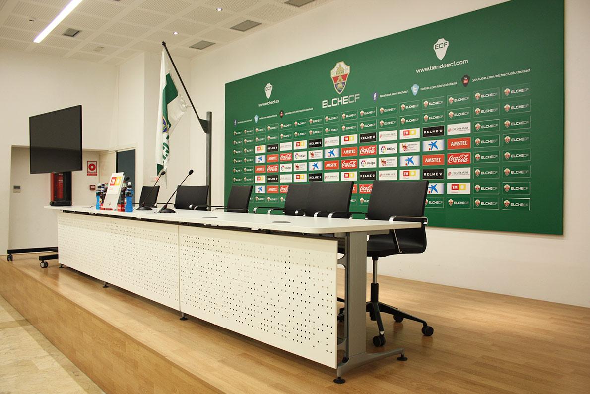 Sala de prensa del Estadio Martínez Valero - Madecor