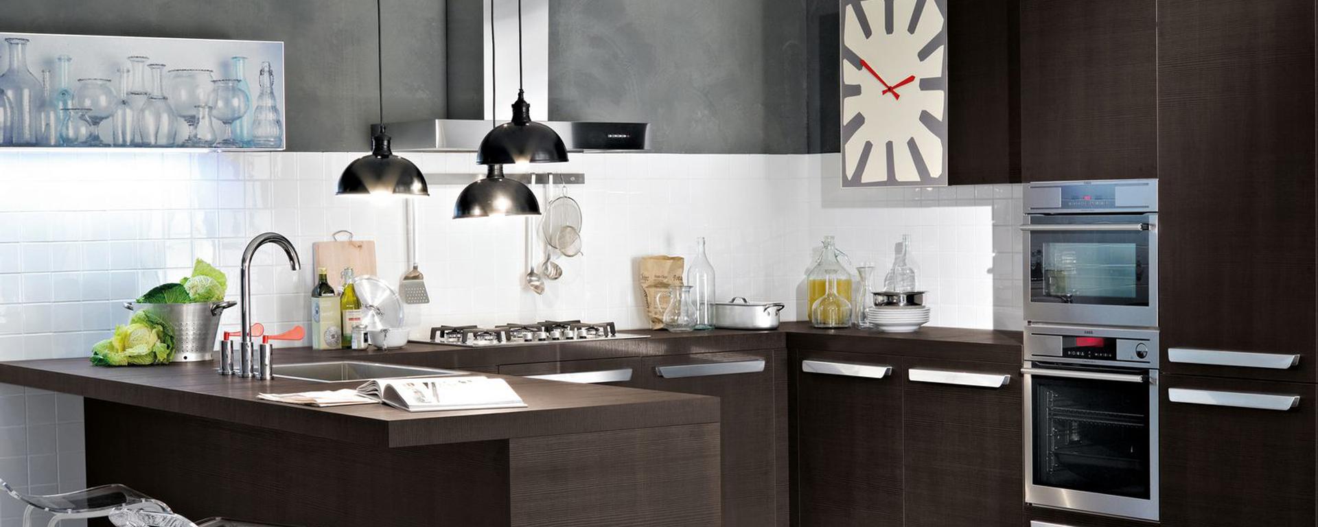 Las mejores cocinas Elche, la carpintería en Elche Madecor hará la cocina de tus sueños con los mejores materiales