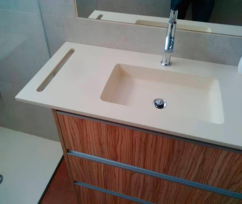 Madera Elche de primera calidad para crear espacios únicos, escaleras, armarios, muebles de baño, cocinas elche, somos tu carpintería elche
